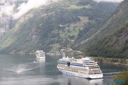 Geiranger 19.08.07 - Fjorde Berge Wasserfälle - Fantastische Natur in Norwegen AIDAbella