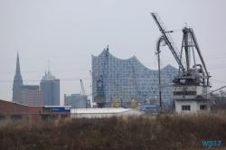 Hamburg-18.03.24-Zu-spät-zu-den-Metropolen-AIDAperla-002