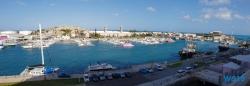 Hamilton 18.10.03 - Big Apple, weißer Strand am türkisen Meer, riesiger Sumpf AIDAluna - Foto Susanne