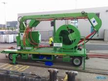 LNG-Hybrid-Barge-Kabelwagen-Hamburg-16.05.14-Kurztour-mit-strahlender-Sonne-ohne-das-Schiff-zu-verlassen-005