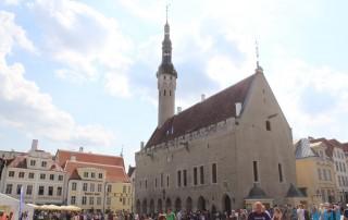 Rathaus Tallinn 18.07.31 - Eindrucksvolle Städtetour durch die Ostsee AIDAdiva