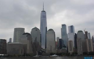 New York 18.10.01 - Big Apple, weißer Strand am türkisen Meer, riesiger Sumpf AIDAluna