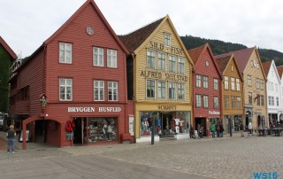 Bryggen Bergen 12.08.20 - Norwegen Island Schottland AIDAmar Nordeuropa