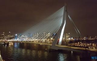 Erasmusbrücke Rotterdam 18.03.22 - Zu spät zu den Metropolen AIDAperla