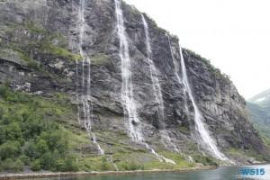 Geiranger Geirangerfjord 12.08.21 - Norwegen Island Schottland AIDAmar Nordeuropa