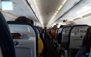 Im Flugzeug 17.04.09 - Unsere Jubiläumsfahrt von Gran Canaria nach Hamburg AIDAsol Westeuropa