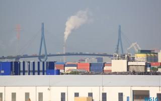 Stau auf der Köhlbrandbrücke Hamburg 16.05.18 - Kurztour mit strahlender Sonne ohne das Schiff zu verlassen